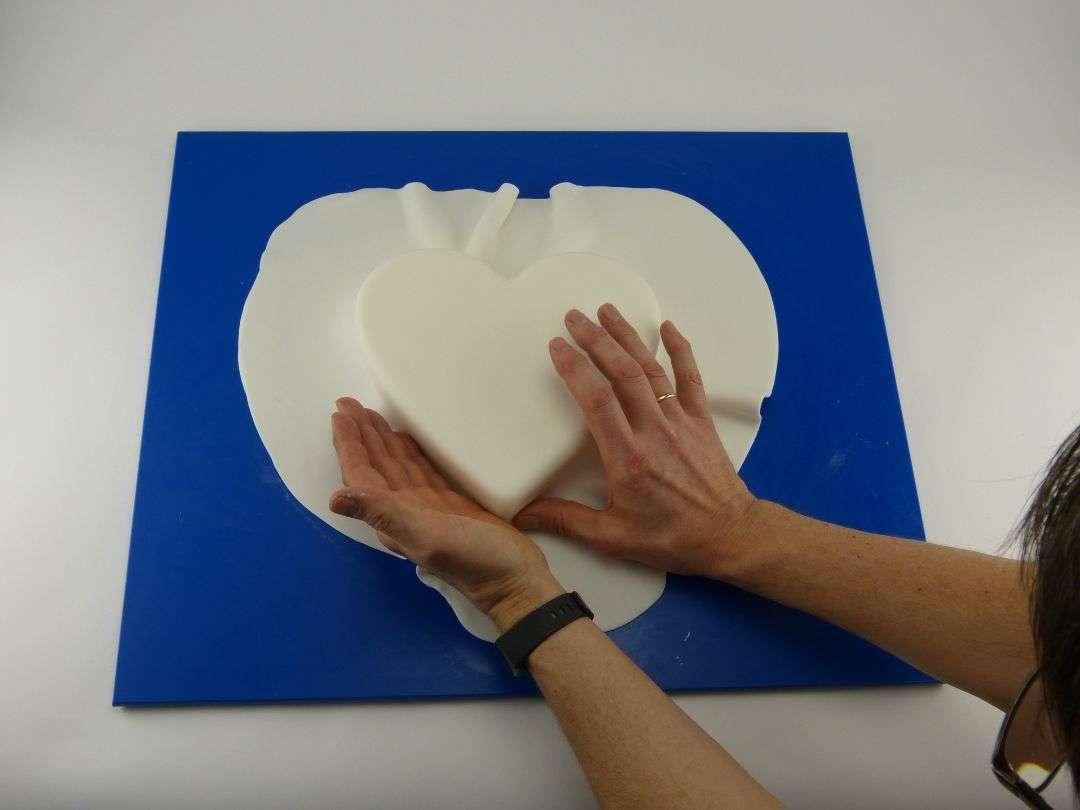 Herz-Torte-eindecken-9