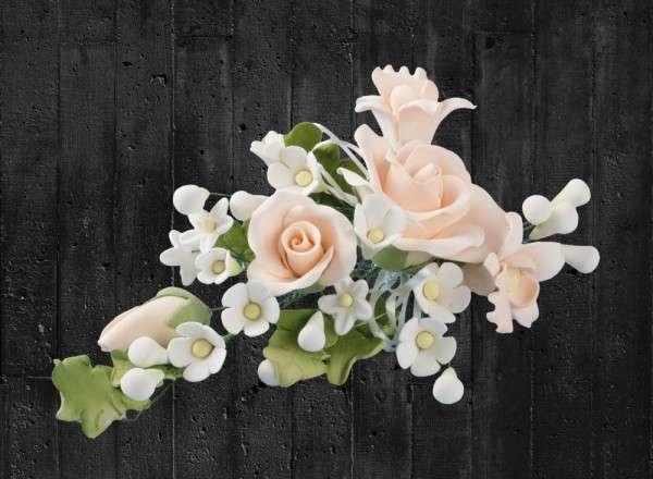 Zuckerblumenbouquet Rosen Farbe apricot