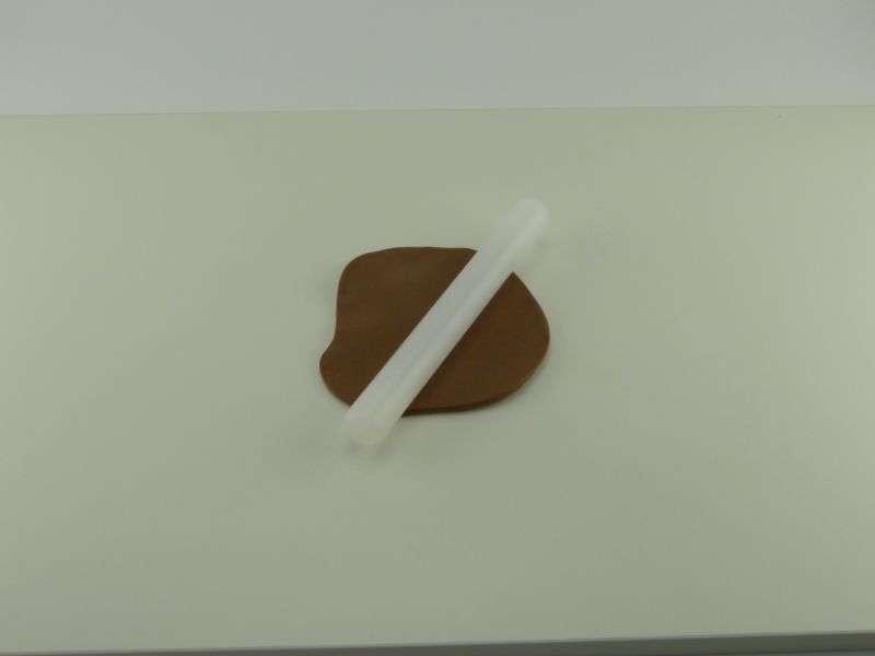 Die-Modellierschokolade-auf-3-mm-ausrollen