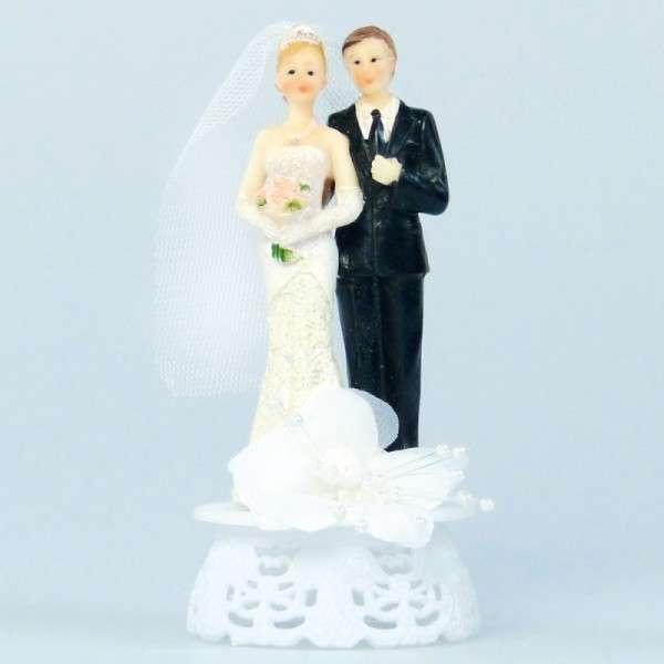 Brautpaar auf Sockel