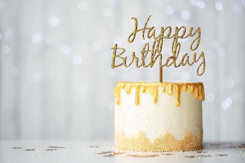Cake Topper sind für Geburtstage ein toller Hingucker